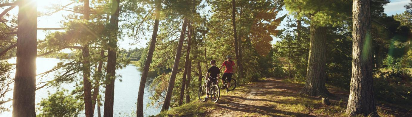 PARKS & TRAILS, BEACHES & GARDENS in Eastern Ontario