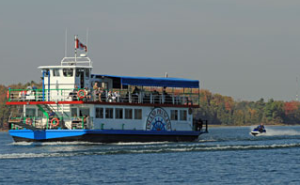Cruise Ontario on a boat or kayak
