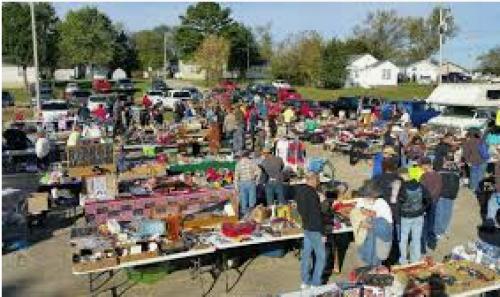 Fall Outdoor Flea Market-event-photo