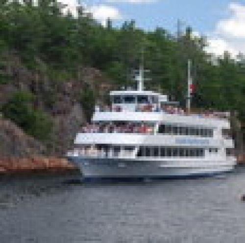 Island Queen Cruise in Parry Sound - Boat & Train Excursions in  Summer Fun Guide