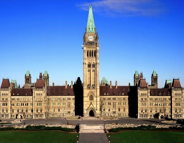 Parliament of Canada - Tours in Ottawa - Sightseeing Tours in  Summer Fun Guide