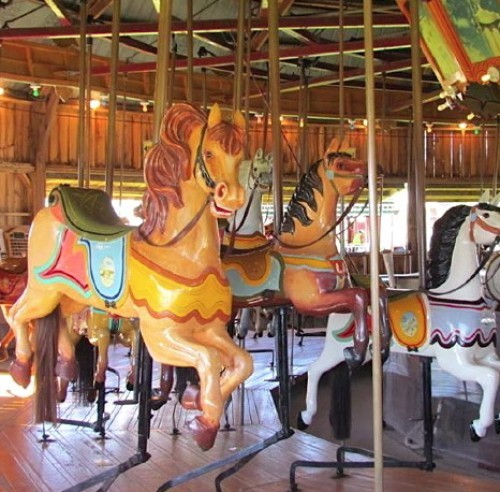 Roseneath Carousel - Since 1906